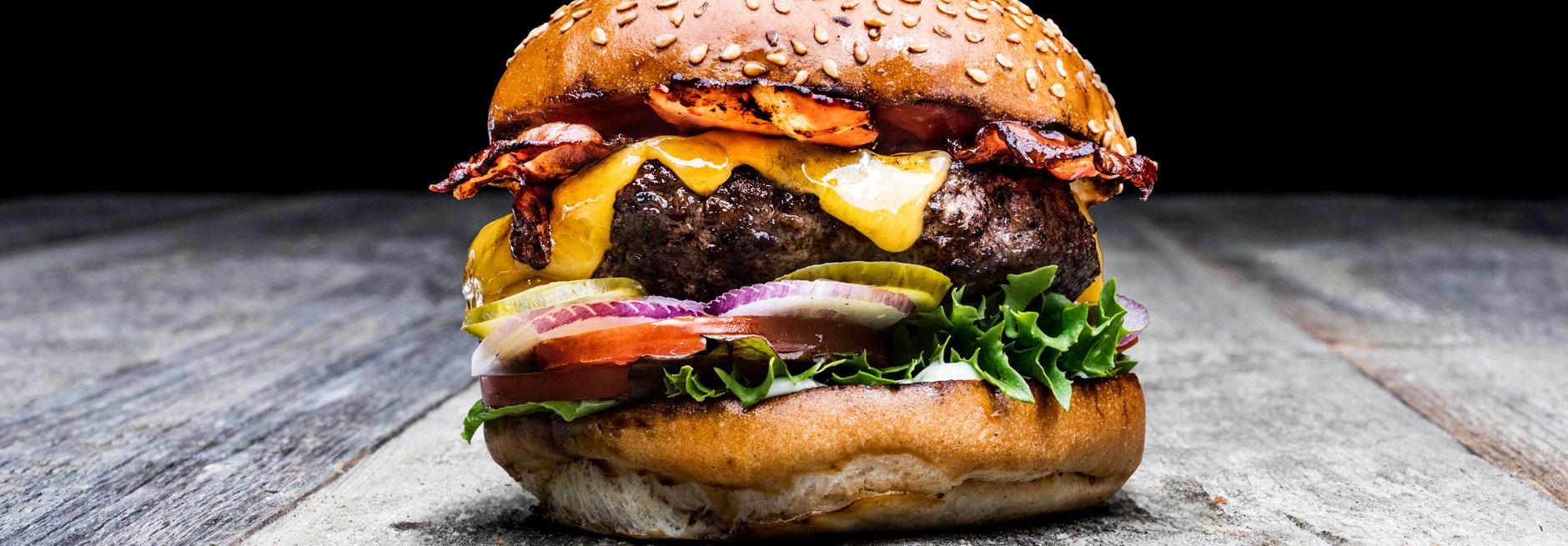 QMUH - Burgergrill und Steakhouse Bar