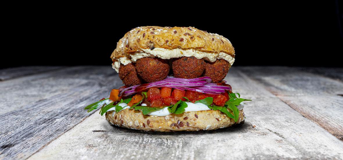 QMUH - Falafel Burger
